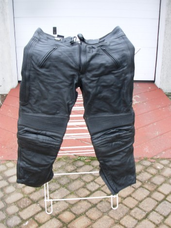 spodnieskora47db16.jpg