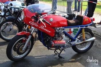 [Obrazek: AlfaRomeo331500ccboxerbike231174.md.jpg]